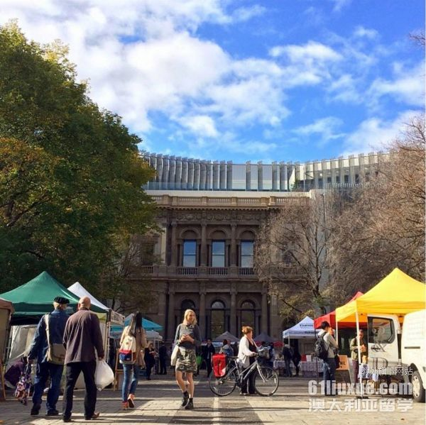 墨尔本大学读书生活费多少